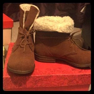 Wool coated boots